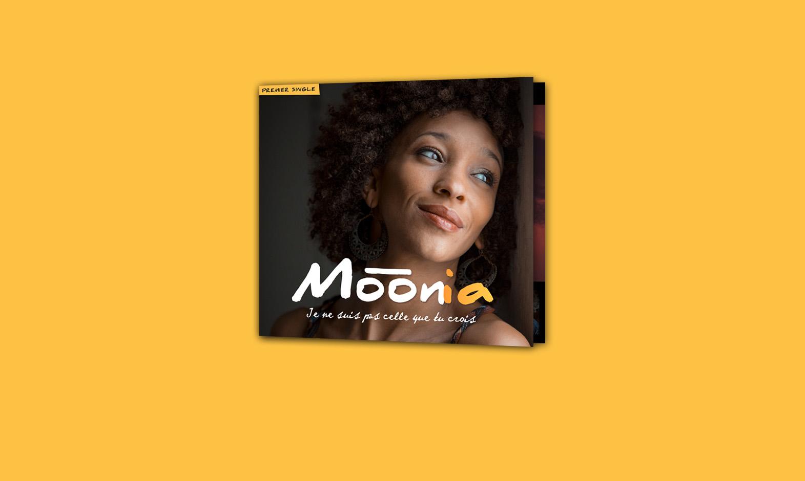 moonia